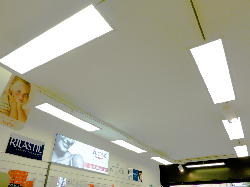 Illuminazione farmacia pedrina mestre 05 illuminazione led e