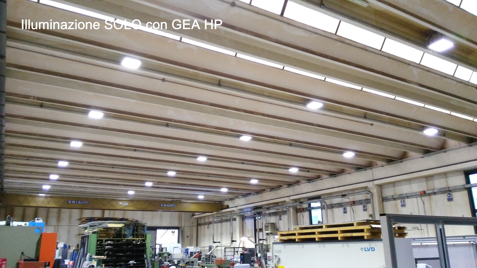 Plafoniere Led Officina : Portfolio illuminazione led e tecnologia a bp