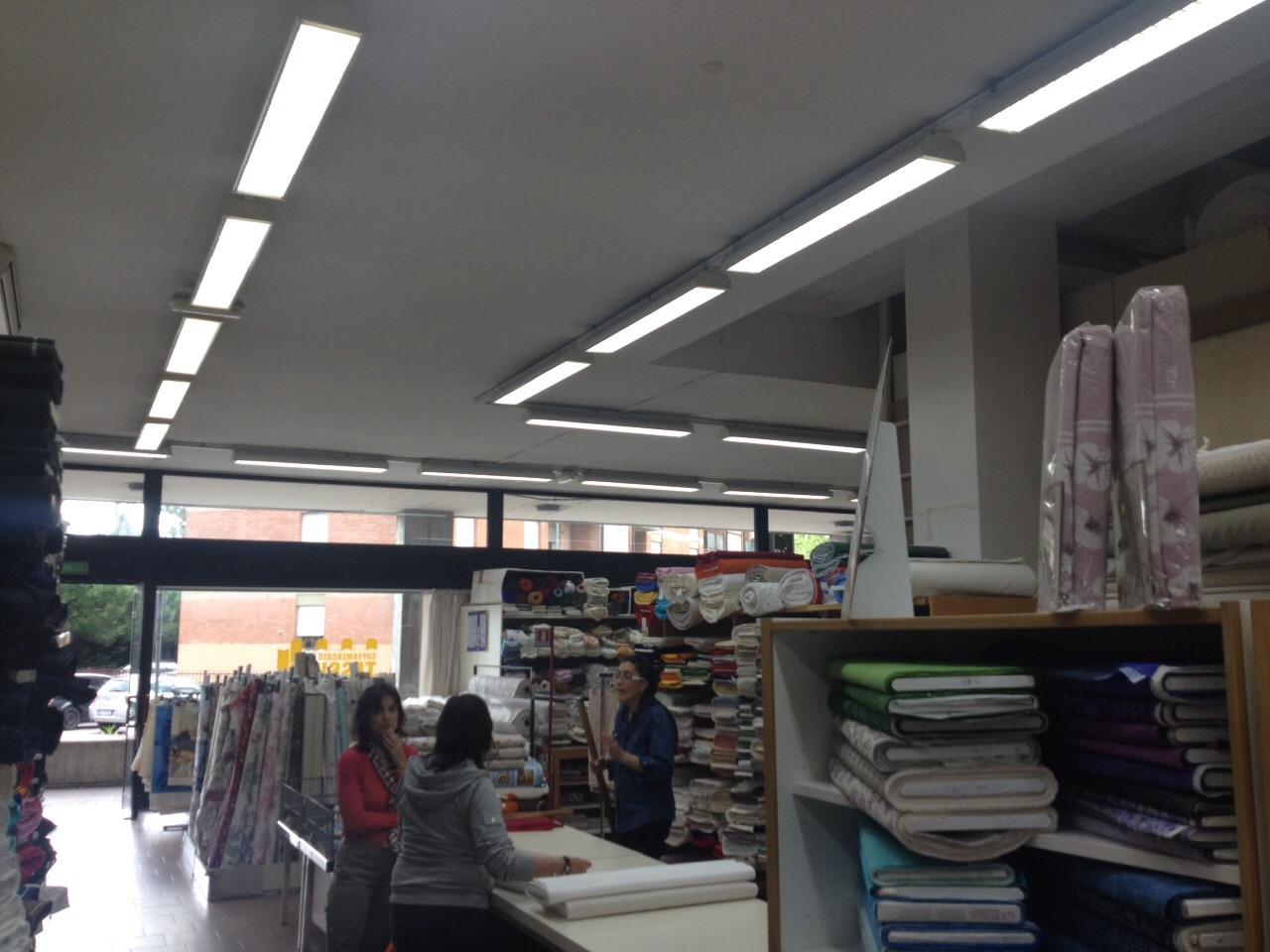 Supermercato del tessuto snc padova pd for Tessuti per arredamento padova